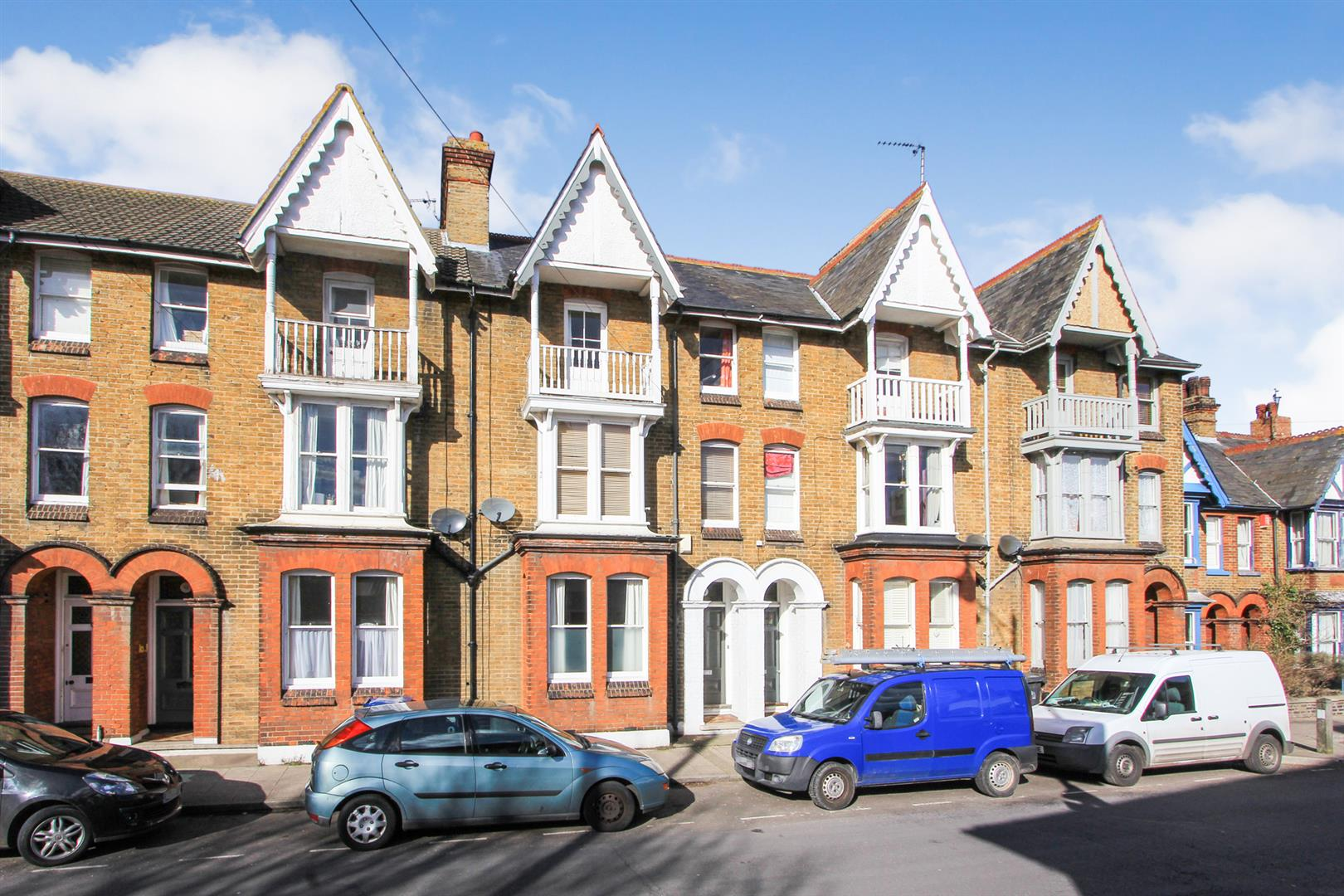 5 Bedrooms Terraced House for sale in Cromwell Road, Whitstable